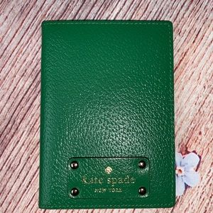 KATE SPADE Green Leather Passport Holder